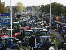 Massaal boerenleger veroorzaakt gigantische maar vrolijke verkeerschaos