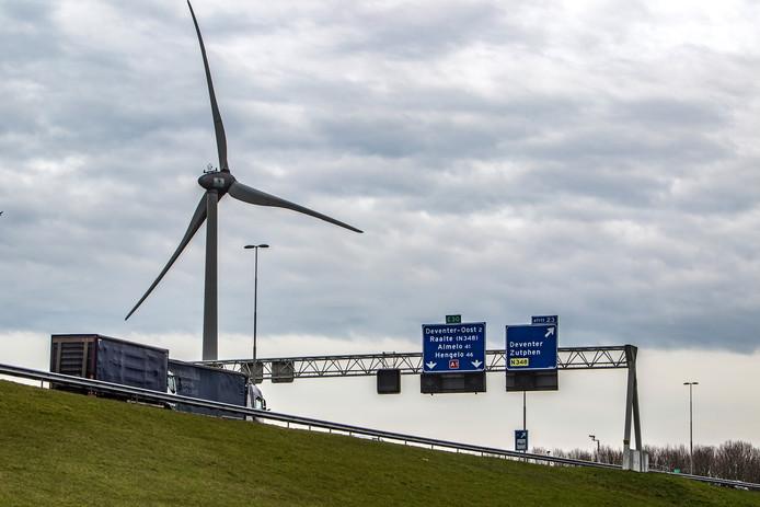 Windmolens langs de A1 bij Deventer.