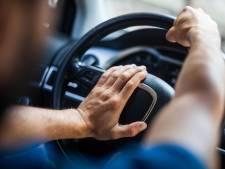 Deelnemers trouwstoet moeten bijna 5000 euro dokken wegens gevaarlijk rijgedrag