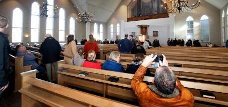 230 mensen bijeen in Leerdamse kerk, ondanks oproep burgemeester Fröhlich