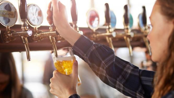 Vlaams Belang pleit voor bijkomende coronasteun voor lokale cafés