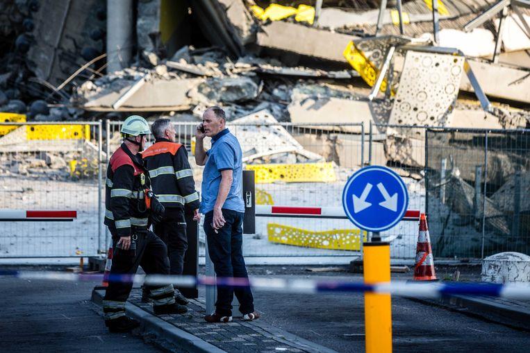 Hulpdiensten bij de nieuwe parkeergarage bij Eindhoven Airport, mei 2017. Beeld ANP