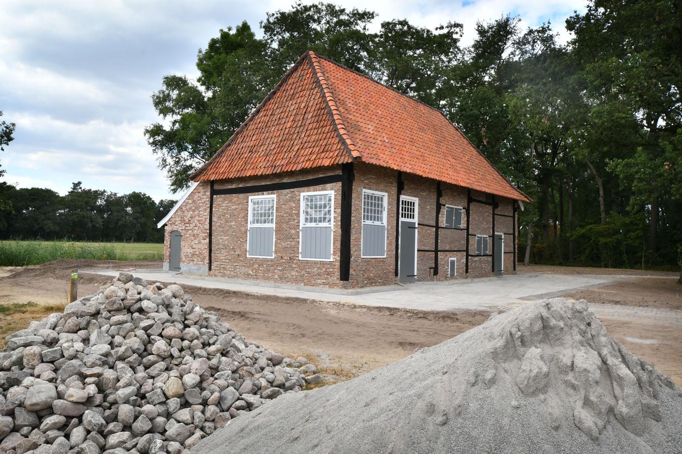 Het verplaatste en gerestaureerde 'Spookhuis' van Hertme.