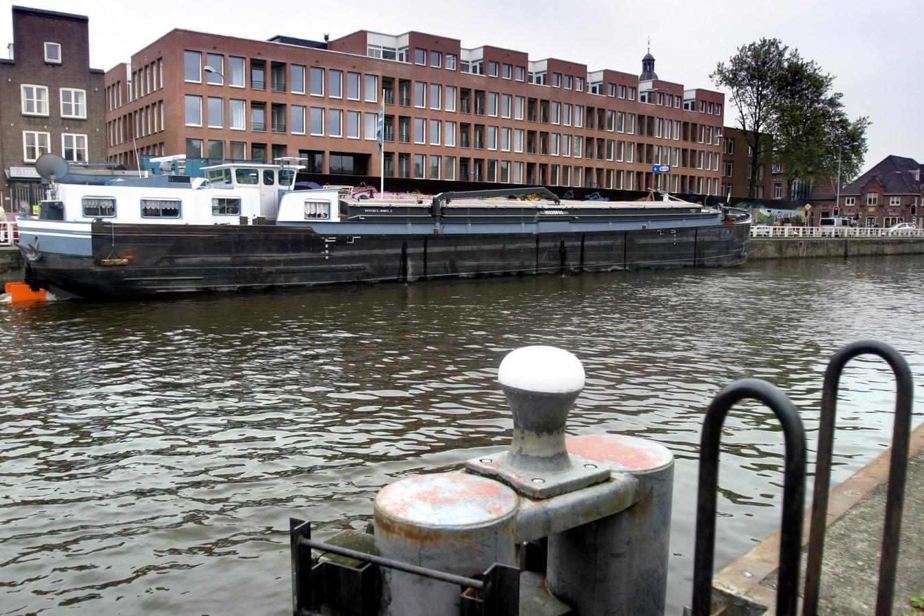 Zicht op de Zuid-Willemsvaart.