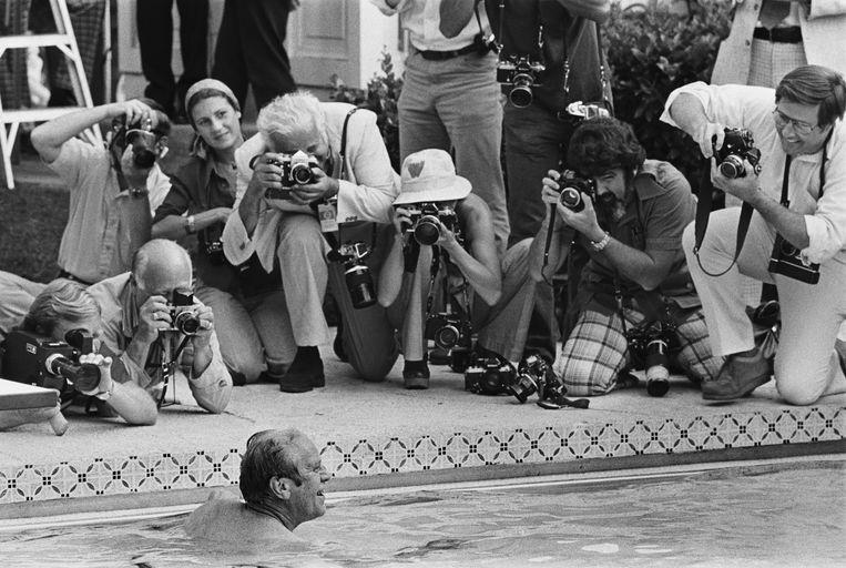 President Gerald Ford in het toentertijd nieuw zwembad. Beeld David Hume Kennerly / Getty