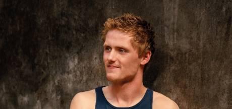 Tom uit Boekelo pronkt in Boeren Kalender, stoere hunks kunnen zich nog inschrijven