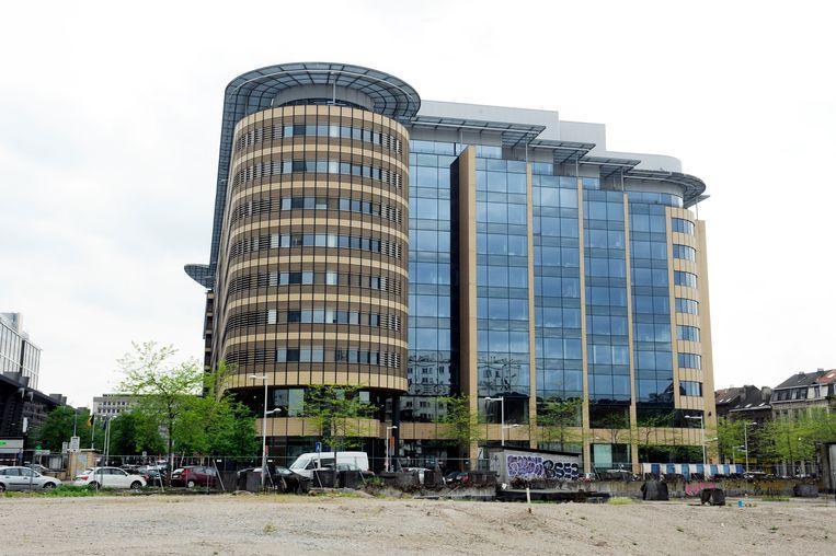 Het Eurostation-gebouw in Sint-Gillis.