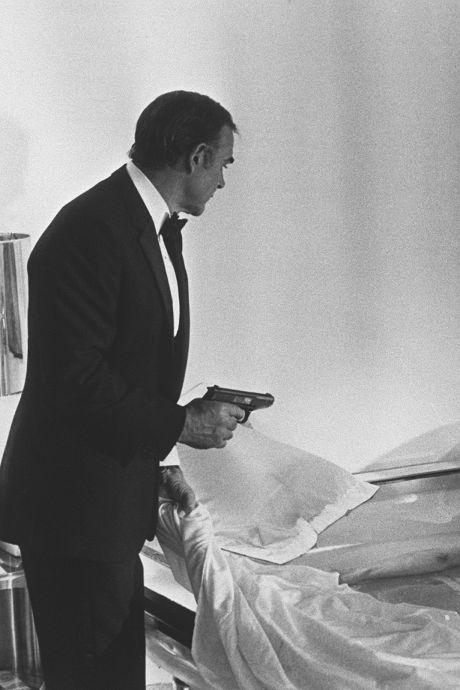 Le célèbre pistolet de Sean Connery dans le premier James Bond vendu pour 256.000 dollars