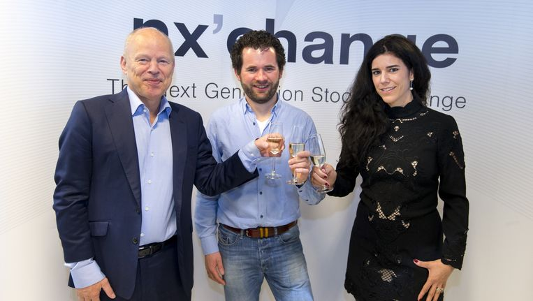 Willem Vermeend, ambassadeur Fintech Nederland, Michiel Langezaal, oprichter Fastned en Marleen Evertz, CEO tijdens de lancering van Nxchange. Beeld anp