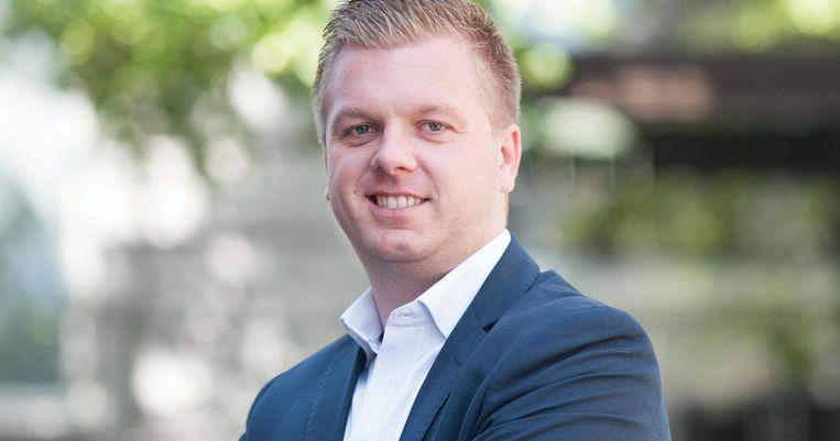 Het voorstel van resolutie werd op initiatief van Vlaams volksvertegenwoordiger Bert Maertens (N-VA) ingediend.