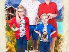 Familie Pos (Helemaal het Einde) houdt kijkers voor de gek met 'nieuw zusje'