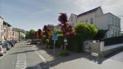 Vijf jongeren breken in bij Anderlechtse school en mishandelen leraar