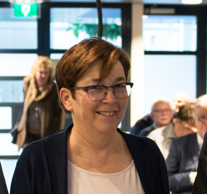 Dorpsraadvoorzitter Marion van Stiphout.