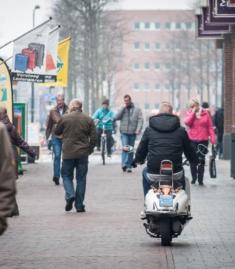 Aanpak 'scooterterreur' in Enschede: verbod op brom- en snorfietsen in centrum