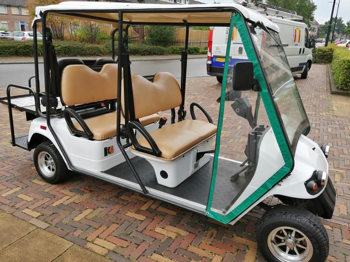 Voorlopig worden de gebruikers met een golfkar naar hun bestemming gebracht.