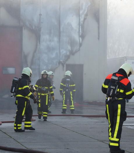Forse schade aan vrieshuis in Waspik door uitslaande brand: 'Niet handig, net voor de kerstdagen'