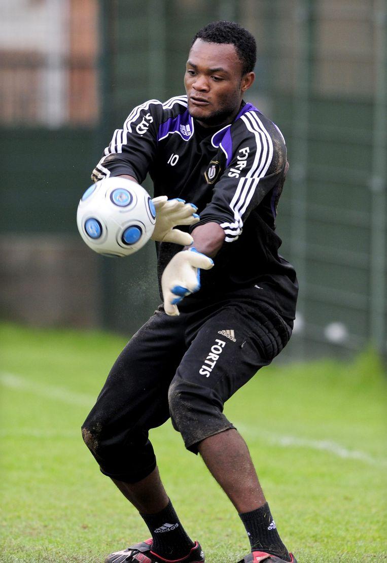 De 27-jarige Congolese doelman stond in het verleden op de loonlijst van Anderlecht