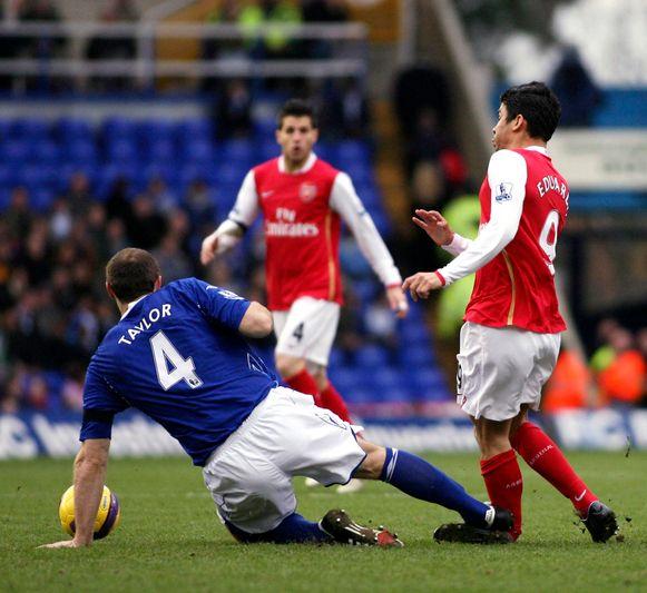 Hét moment: Taylor breekt het onderbeen van Eduardo.