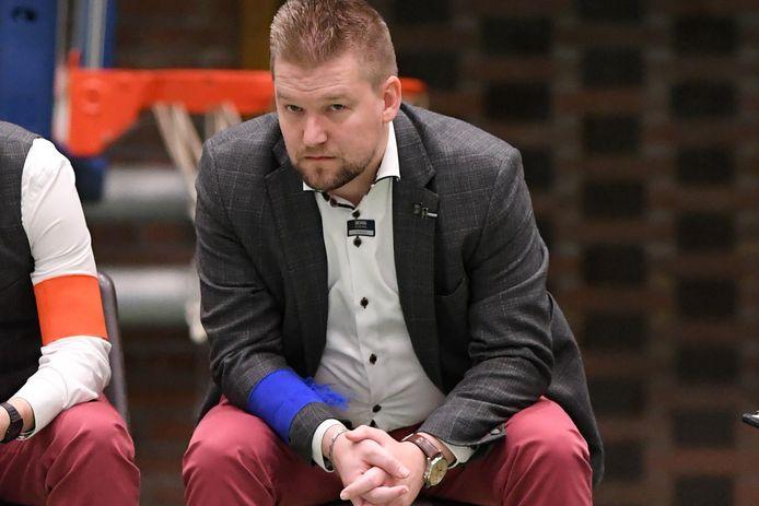 Lieven Baert, de manager van FP Halle-Gooik, is tevreden dat alle clubs op dezelfde golflengte zitten.