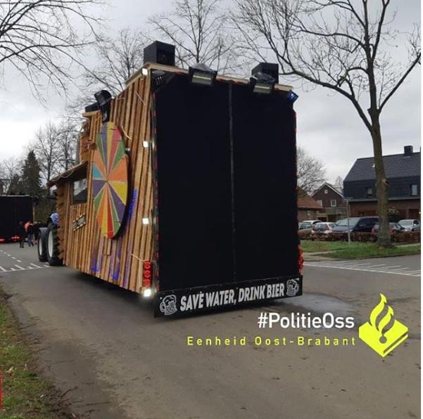 Praalwagen breekt bijna geluidsbarrière in Oss: ruiten sneuvelden en schilderijen vielen van de muur