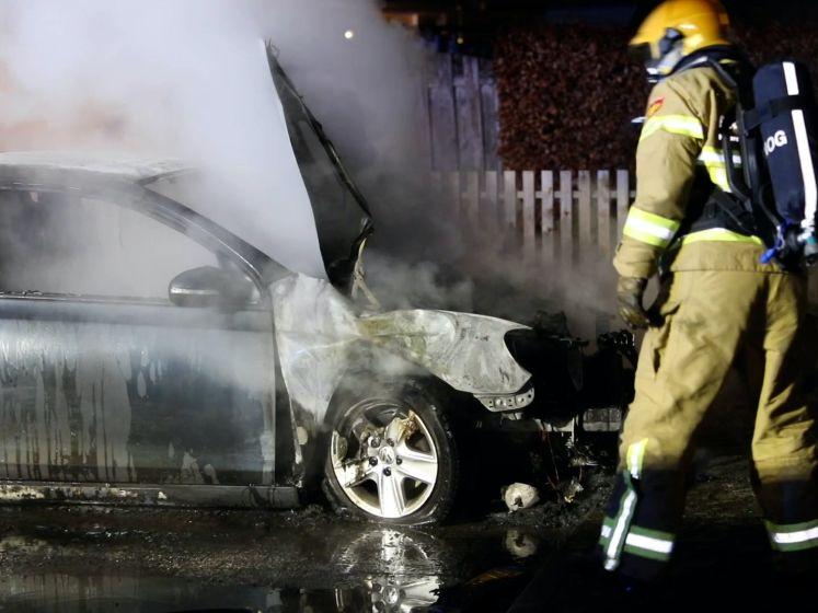 Opnieuw autobrand; zesde auto van dit jaar in Apeldoorn