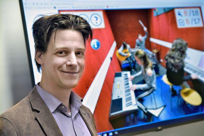 Joep Bos-Coenraad heeft een computerspel ontwikkeld die achtstegroepers helpt bij hun schoolkeuze.