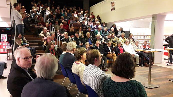Bij Woensdag Debatdag in de bblthk Wageningen kwam veel publiek naar het debat over de verkiezingen voor Provinciale Staten