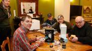 Repair café geeft defecte spullen een nieuw leven