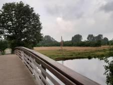 Gemeente grijpt in om 'ramp' bij brug in Hellendoorn te voorkomen: 'Situatie is totaal uit de klauwen gelopen'