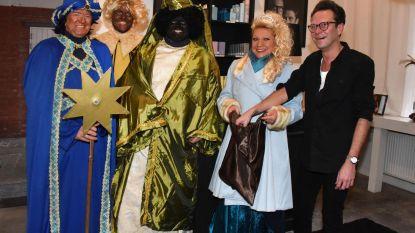 Drie koningen en koningin zingen voor Widar