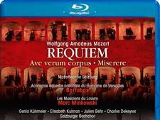 Zachtjes gaan de paardenvoetjes in hét 'Requiem'