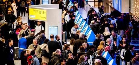 'Nieuwe afspraken groei Schiphol bij uitstel Lelystad Airport'