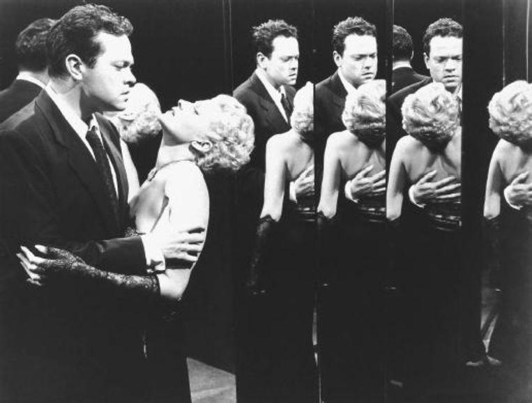 Orson Welles en Rita Hayworth in The Lady from Shanghai. Beeld