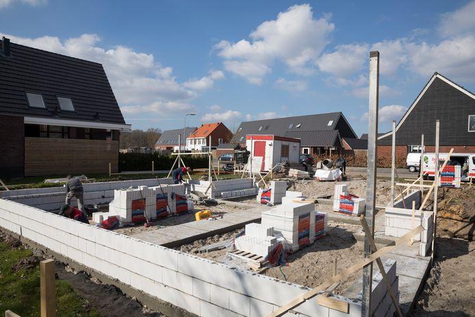 De nieuwbouw in de Bovenkamp in 't Loo was de laatste uitbreiding van Heerde. Volgens de gemeente zijn er geen geschikte nieuwe uitleglocaties meer voorhanden binnen Heerde. Daarom wordt nu gekeken naar inbreiding en woningsplitsing.