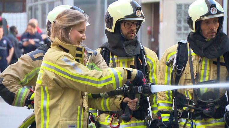 Prinses Elisabeth bij de brandweer