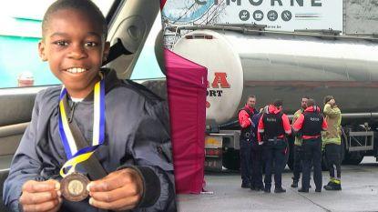 """Vader van verongelukte jongen uit Aalst: """"Normaal breng ik hem elke dag met auto naar school"""""""