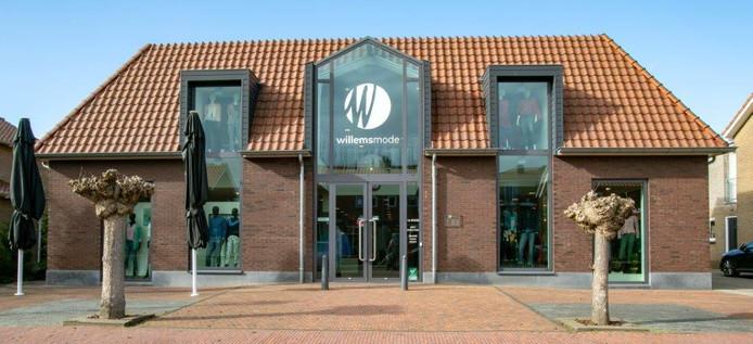 Een nieuw interieur, een nieuwe inrichting; Willems Mode in Nieuwleusen is onlangs helemaal opgefrist