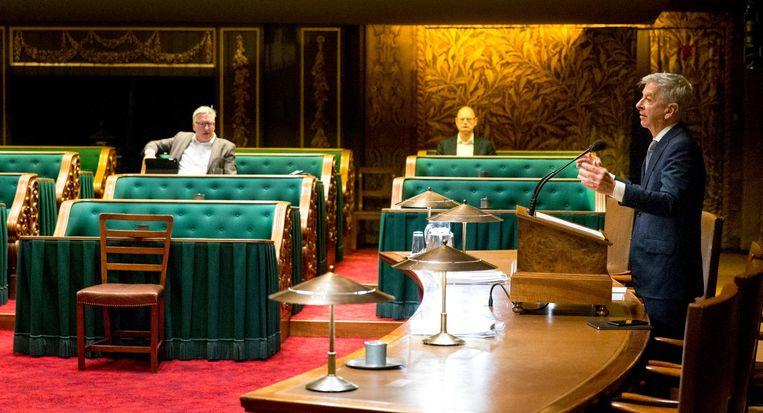Minister van Binnenlandse Zaken en Koninkrijksrelaties Ronald Plasterk tijdens het debat over de begroting van het ministerie van Binnenlandse Zaken. Beeld ANP