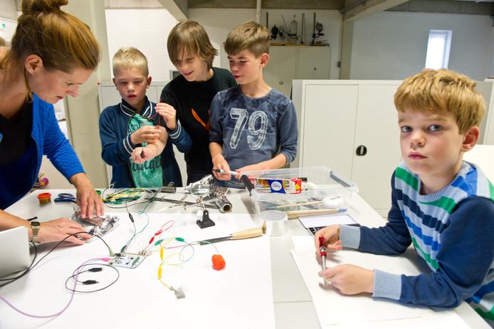 De cursus creatief met technologie voor kinderen.