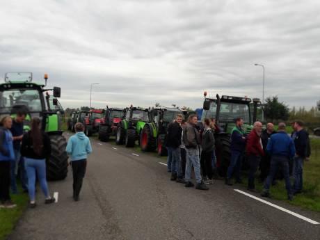 Tientallen boeren nu op weg naar provinciehuis Utrecht, protest RIVM gaat woensdag niet door