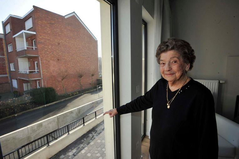 Jozefine Doms mocht als eerste haar intrek nemen in het nieuwe woonzorgcentrum.