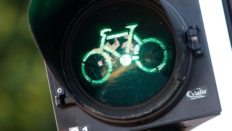 Van de fietsers langs het Alexanderplein vindt zestig procent dat het verkeer nu beter doorstroomt Beeld anp