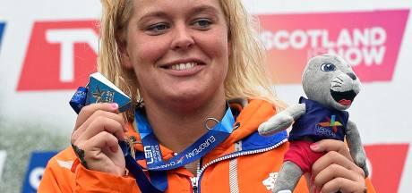 Sportzot gaat in zee met Nederlandse olympische zwemkampioene