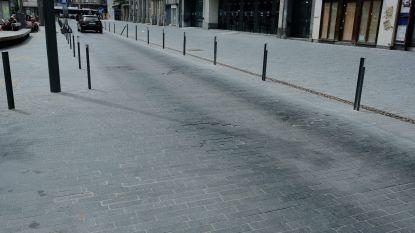 """Stad Brussel sluit nu ook laatste stukje van de Brouckèreplein af voor auto's: """"Te onveilig voor voetgangers"""""""