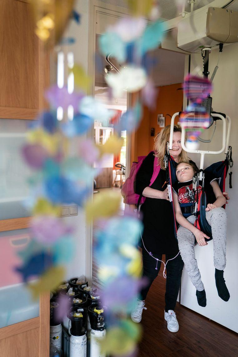 Moeder Alies Kap en dochter Laura (16) Beeld Reyer Boxem