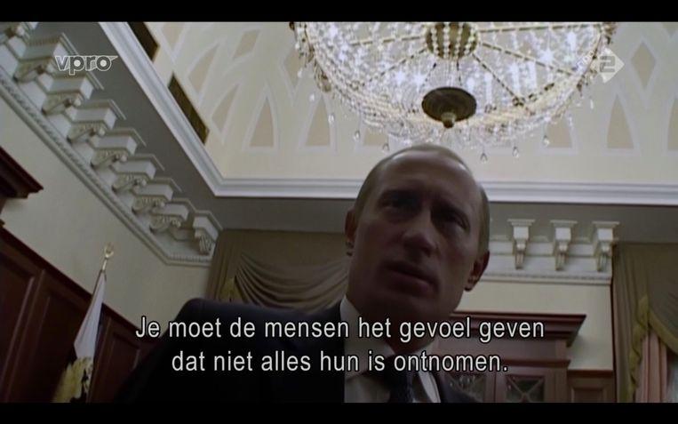 Een van de terloopse gesprekjes tussen Poetin en Mansky Beeld Maaike Bos