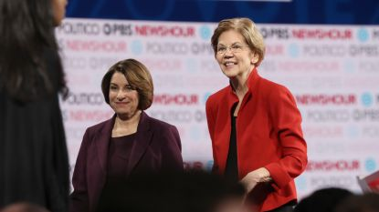 New York Times steunt voor het eerst twee vrouwelijke Democratische presidentskandidaten