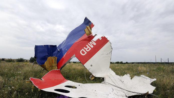 Een wrakstuk van het neergehaalde vliegtuig, drie jaar geleden in een weiland in het Oekraïense Shaktarsk.