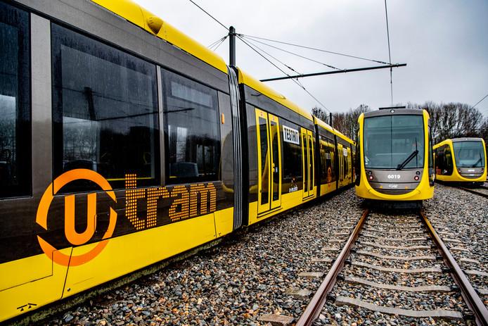 De treinstellen van de Uithoflijn.