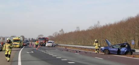 Botsing tussen twee voertuigen op A32 richting Zwolle